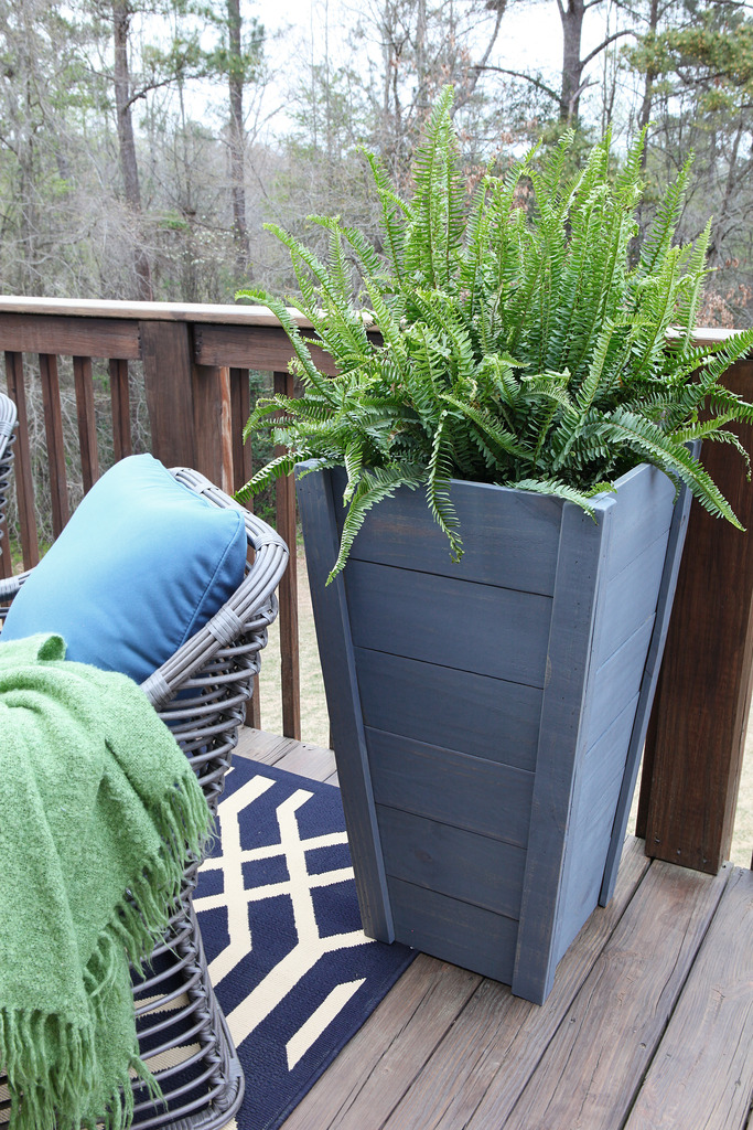 How to build your own tall outdoor planter boxes bower power first here is your very fancy cut liste measurements for the boards is the top measurement you can assume that for the first board it is 16 34 workwithnaturefo