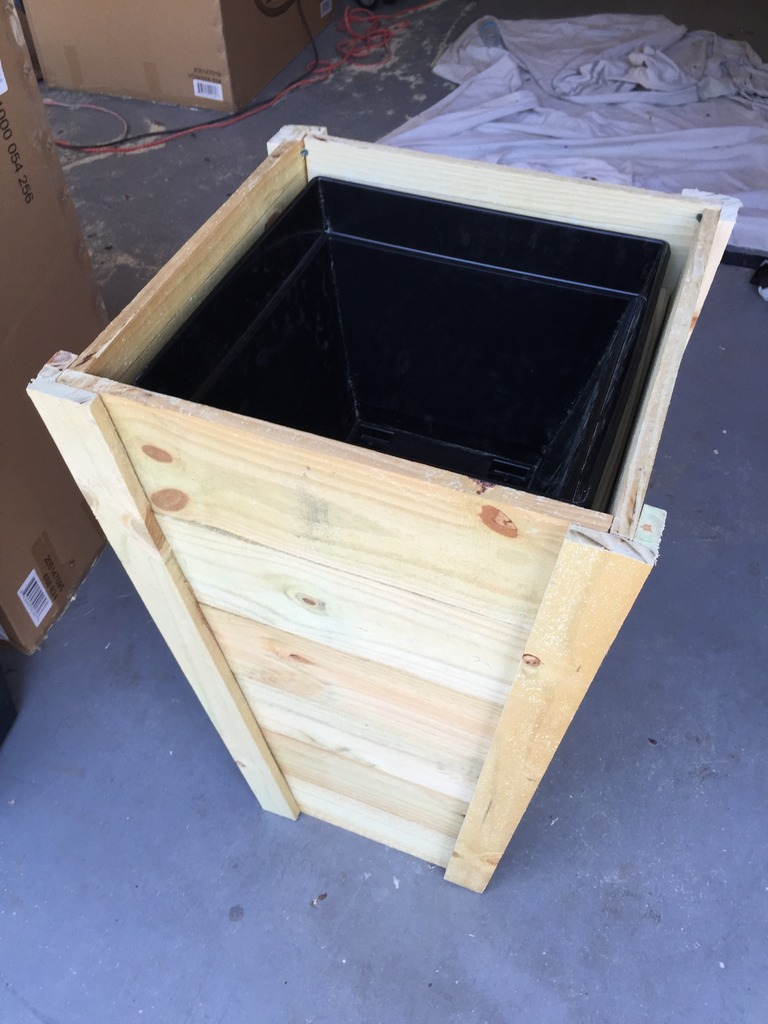 how to build your own tall outdoor planter boxes bower power. Black Bedroom Furniture Sets. Home Design Ideas