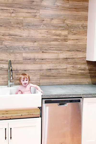 Laminate Flooring Backsplash (It looks like WOOD!)