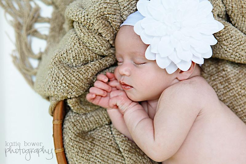 Newborn Photos DIY Tips
