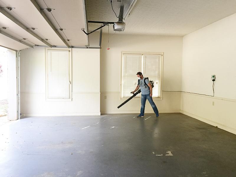 Removing paint from garage floor gurus floor for Best way to remove oil from garage floor