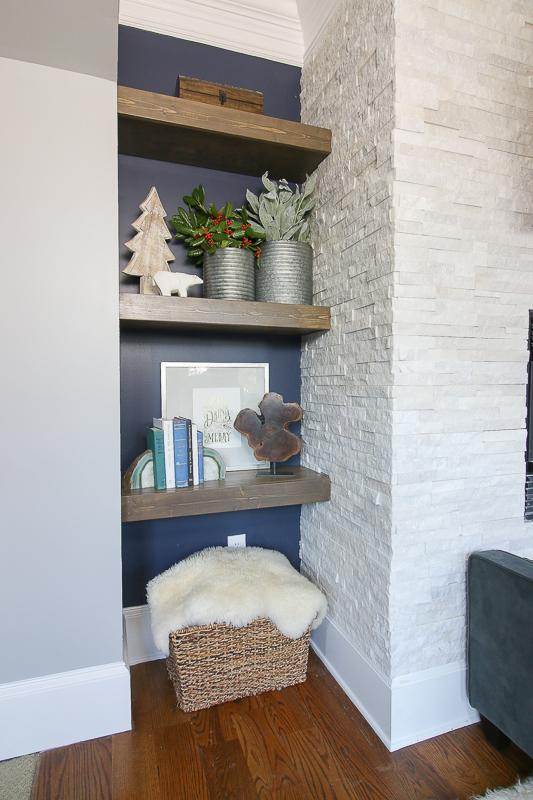 christmas-shelves-4