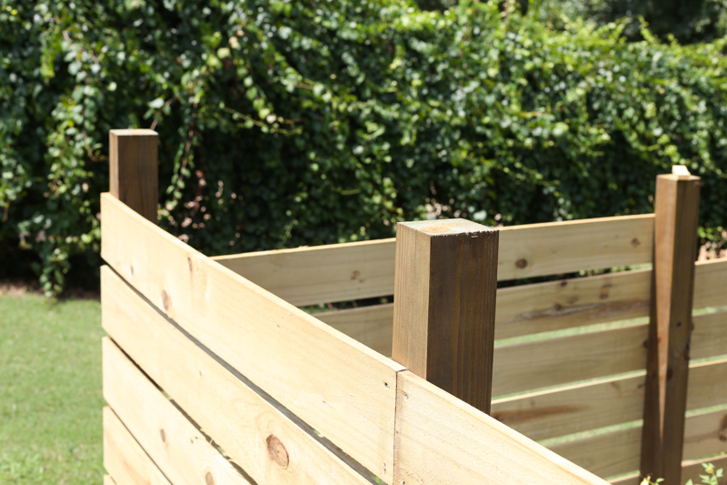 how to build horizontal modern wood fence - Bower Power
