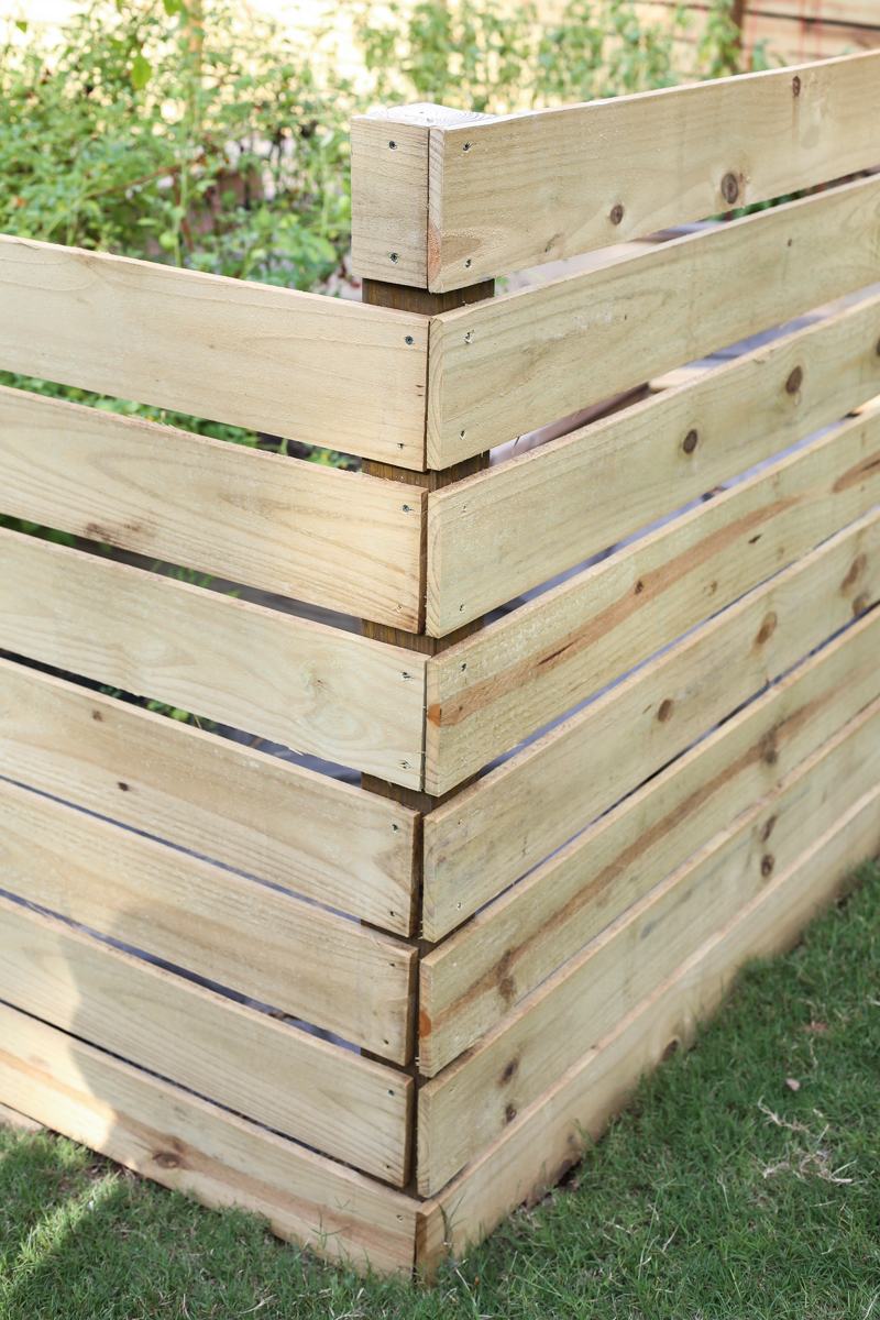 how to build horizontal modern wood fence - Bower Power-10