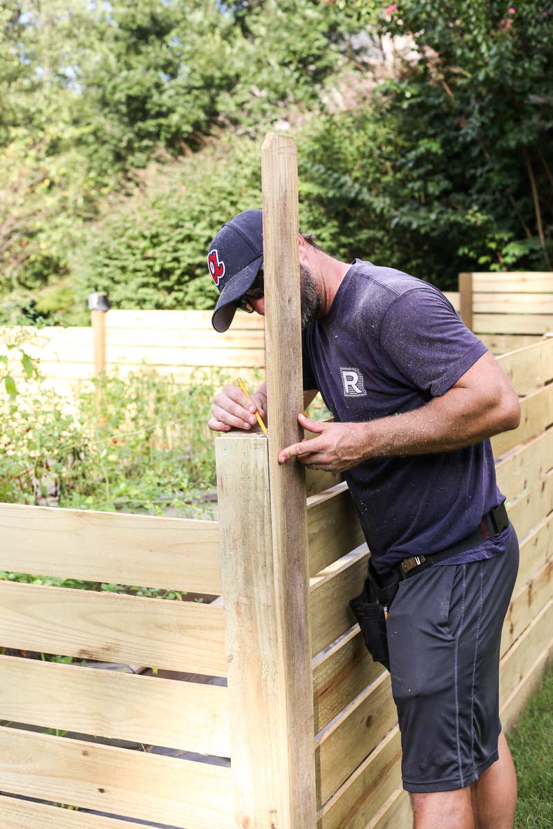 how to build horizontal modern wood fence - Bower Power-16