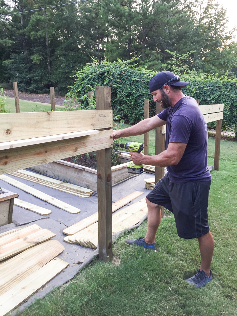 how to build horizontal modern wood fence - Bower Power-5