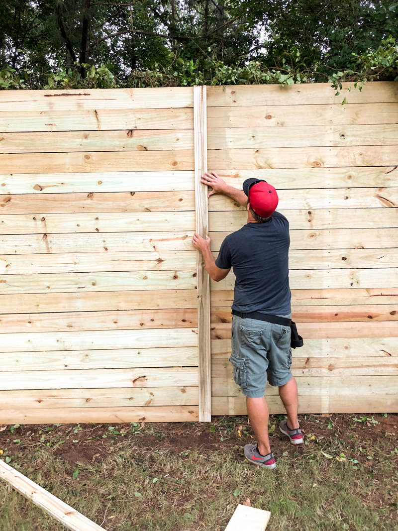 How To Build A Wood Fence On Chainlink Bower